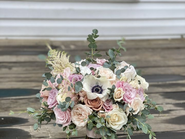 Tmx Img 5160 51 996635 161480763693213 Brooklyn, NY wedding florist