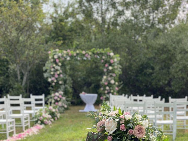 Tmx Img 5194 51 996635 161480763299342 Brooklyn, NY wedding florist
