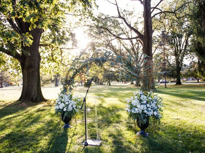 Tmx Img 0025 51 1957635 158525248165844 Broomall, PA wedding florist