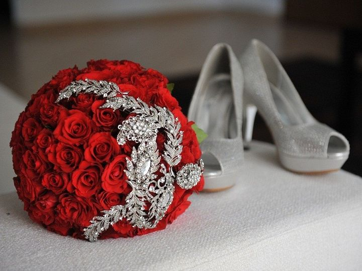 Crystal Red Roses Bouquet