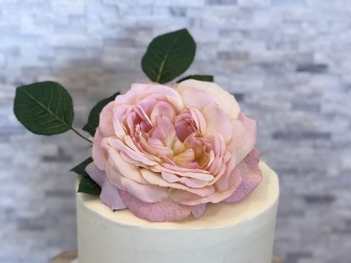 Tmx 1537756361 F53eba6e9e227dbd 1537756358 Ca5c3a55d29ef224 1537756352307 12 EFD19067 ACC0 49E Annapolis, Maryland wedding cake