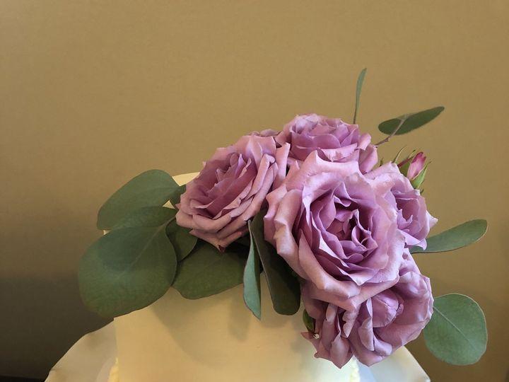Tmx 1537756370 3d1572c37d1f1039 1537756365 B0f916a741549dfd 1537756352313 23 FE68F7DF C5D7 46B Annapolis, Maryland wedding cake