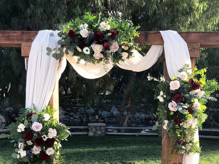 Tmx 3a559db6 06ec 4e5a 897c Ec6c491f68fc 51 1020735 157464635625868 Temecula, CA wedding florist