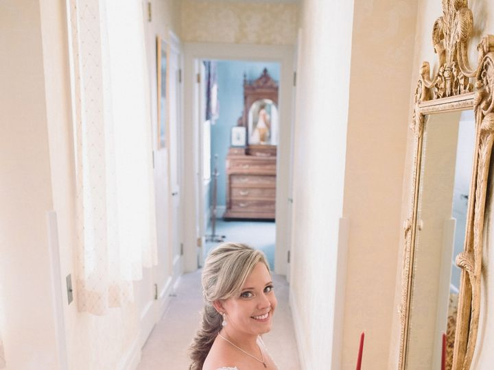 Tmx Jenni In The Hallway 51 420735 162447782829282 Pelham, NC wedding venue