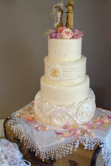 Natalie Madison S Artisan Cakes Wedding Cake Little Rock Ar Weddingwire
