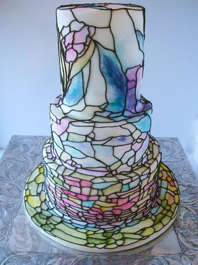 dsc05574wm stained glass wedding cake large
