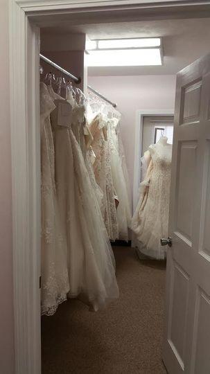 e9f1d023e639bd5e gowns