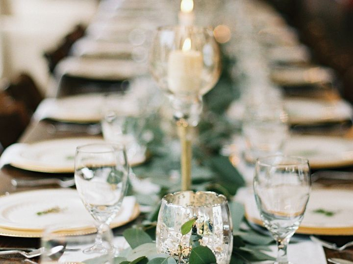 Tmx Simple Wedding Centerpieces Simply Sarah Photography 0917 51 1971735 159182741026736 Everett, WA wedding planner