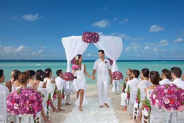 Dreams Cancun Beach Wedding