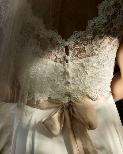 Lace back details