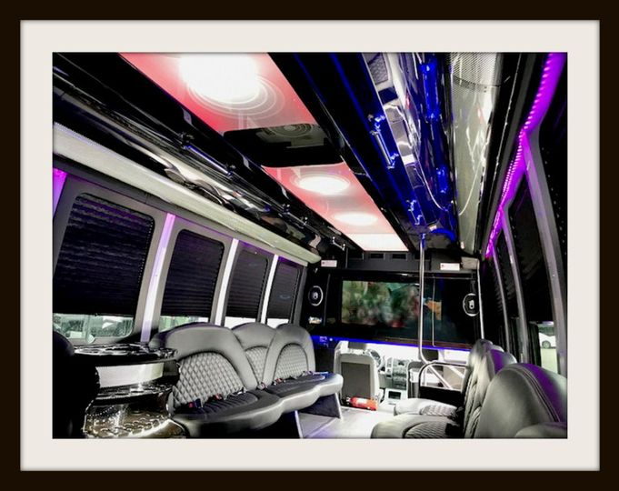 24 pax limo party bus