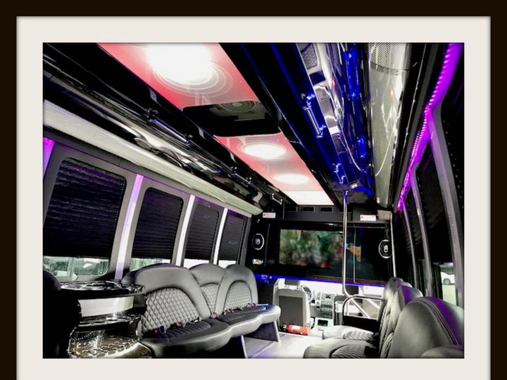 Tmx Img 5754 001 51 1028735 V1 Selinsgrove, Pennsylvania wedding transportation