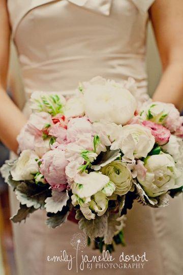 Soft Elegant Peony Bouquet www.sweetpfloral.com