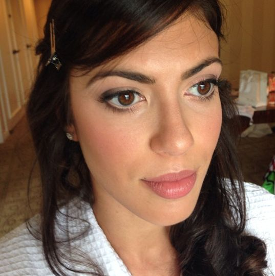 Another bride ready for her day! We decided on a soft makeup that focused on glowing skin, dewy...