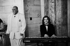 Sean Cowin's Dueling Piano