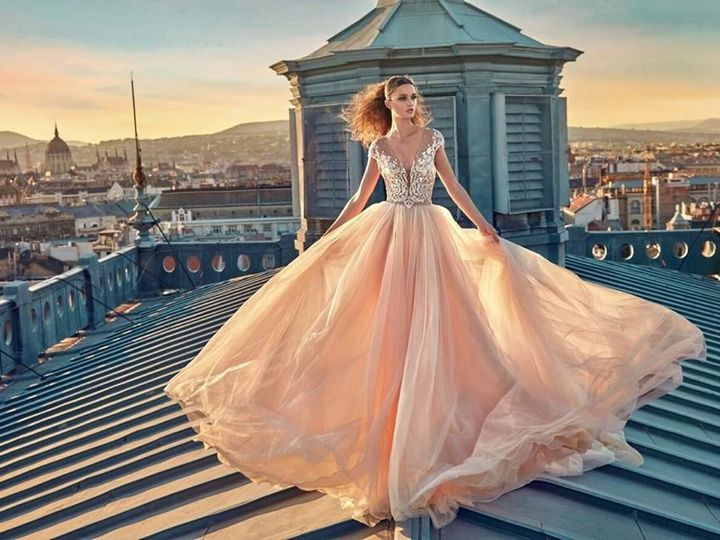Tmx 1515689568 03be8cc1d17e5163 1515689567 Fe2221bfa1b5e731 1515689567271 3 25498494 155767030 Alexandria wedding dress