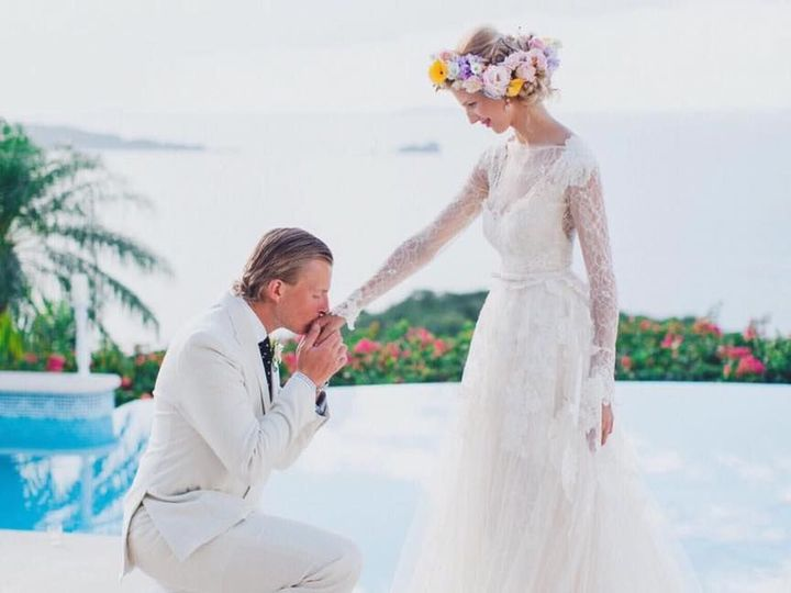 Tmx 1530542706 508432414bc5a985 1530542705 2aa08924b7847ac5 1530542705386 4 20799554 144281052 Alexandria wedding dress