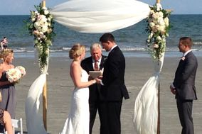 WeddingsAndVows.com