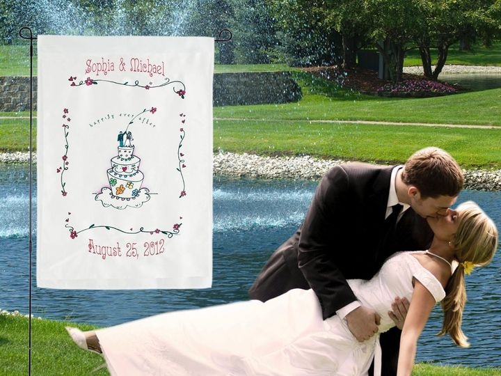 Tmx 1346252511297 GolfCourseKissCake300dpi Crystal Lake wedding favor