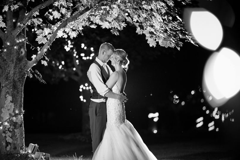 canva grayscale photo of couple under the tree 51 1892835 1572270922