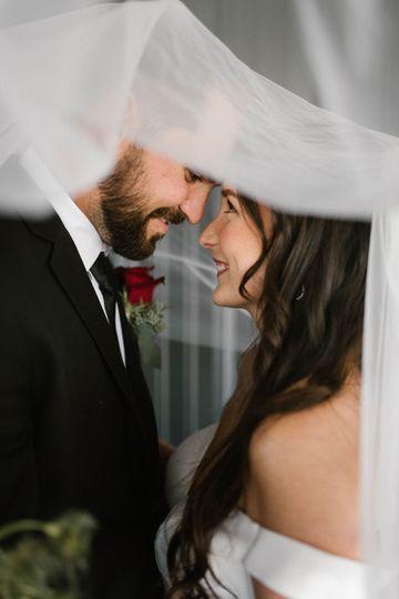 wed 8307 51 1255835 161204661056130