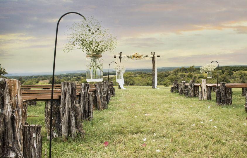 makaila wedding 12 51 995835 v1