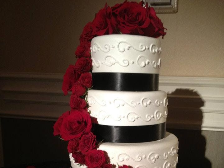Tmx 1355268780201 544337101508175803220291138194491nCopy Ventura, California wedding cake