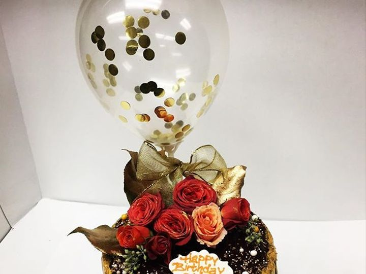 Tmx 44300668 507996823055111 234258333681359936 N 51 106835 Ventura, California wedding cake