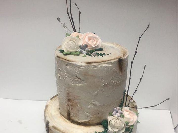 Tmx 44877611 203393430549493 7844053859574944607 N 51 106835 Ventura, California wedding cake