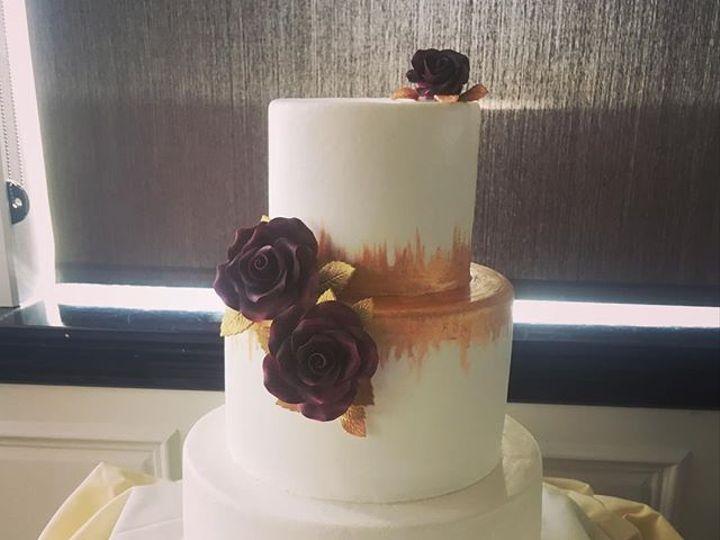 Tmx 45419791 581057182338118 1369614498291779983 N 51 106835 Ventura, California wedding cake