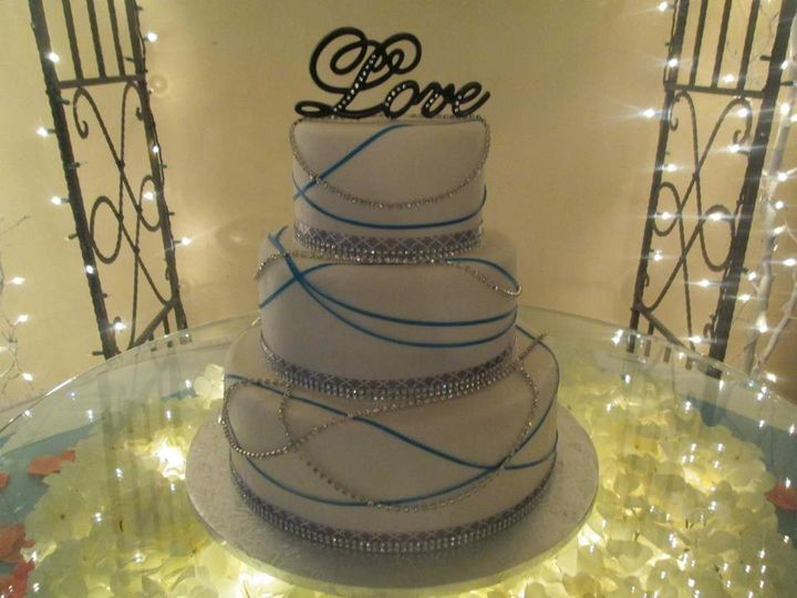 wedding cakes st louis mo sweet ideas wedding cake peters mo weddingwire 25544