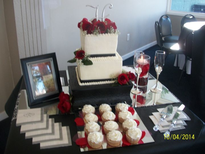 Tmx 1420477318611 1004586 Burlington wedding cake