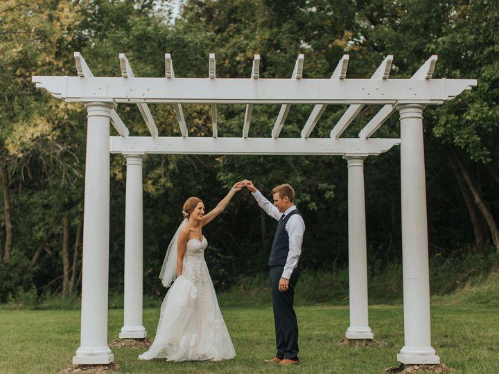 Tmx Allie Chris Werner Sarah Chacos Photography Minneapolis Wedding Photographer 451 51 902935 Saint Joseph, MN wedding venue