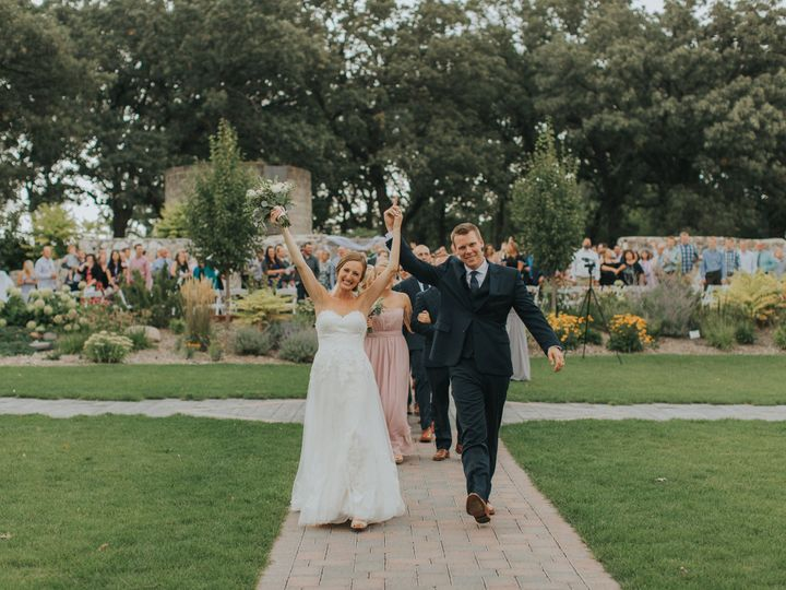 Tmx Allie Chris Werner Sarah Chacos Photography Minneapolis Wedding Photographer 609 51 902935 Saint Joseph, MN wedding venue