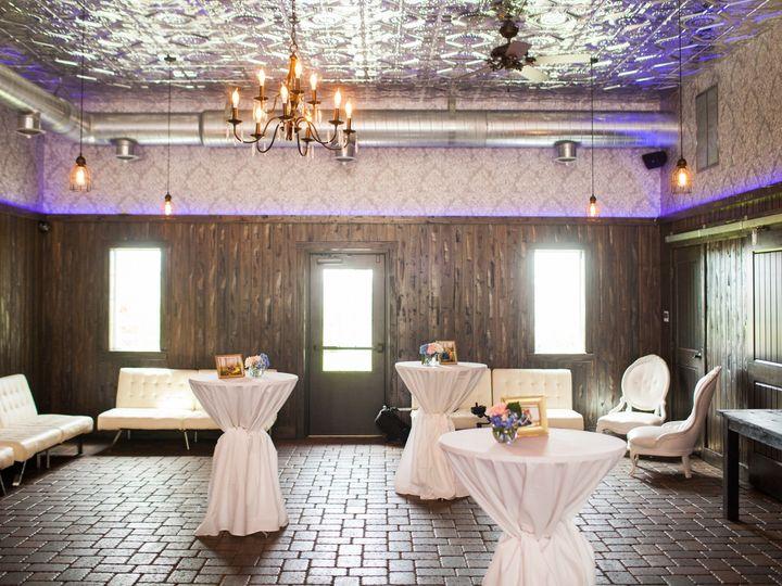 Tmx Getting Ready 014 51 902935 158022404860279 Saint Joseph, MN wedding venue