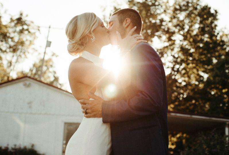 Kiss in the sun