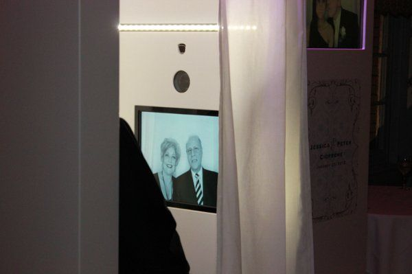 Vanity Photo Booths - The best looking and most advanced photo booth.  Phoenix Photo Booth Rentals
