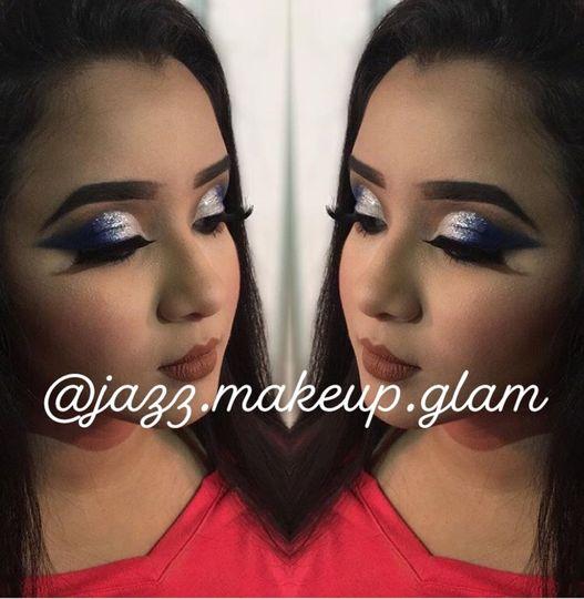 Glittery eye shadow