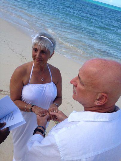 Bahamas wedding ceremony on Nuptial Beach with Glenn Ferguson Bahamas Wedding Officiant