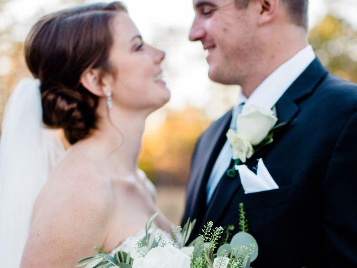 Tmx Cash Brideandgroom 181103 101 51 157935 Chapel Hill, NC wedding florist