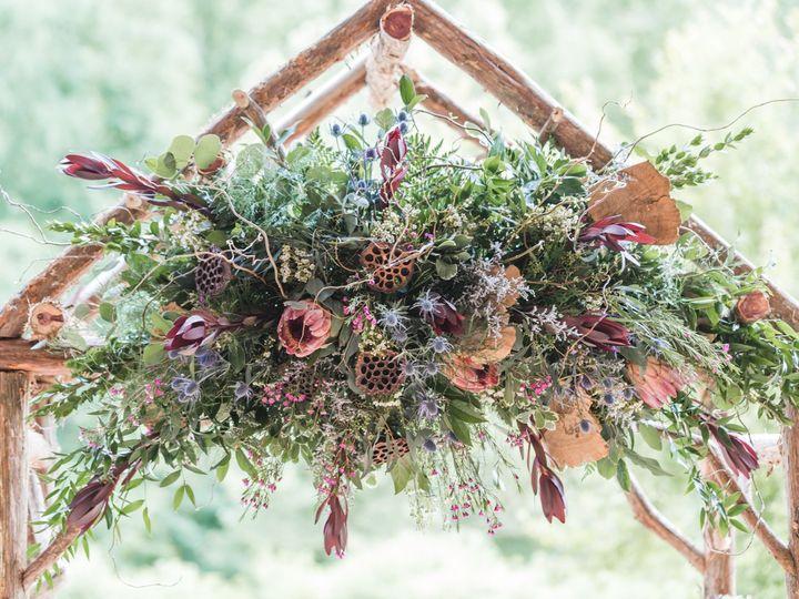 Tmx Emily Benjamin May262018 Details Web 21 51 157935 1564504169 Chapel Hill, NC wedding florist