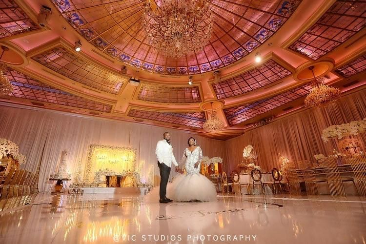 Gorgeous shot with Ceiling