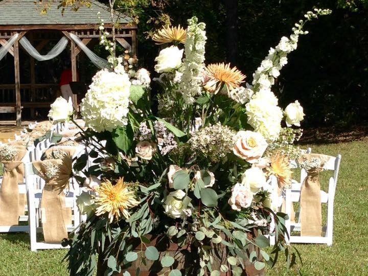 Tmx 1514860125258 26112158101553445218024266070633576132751277n Rolesville, North Carolina wedding florist