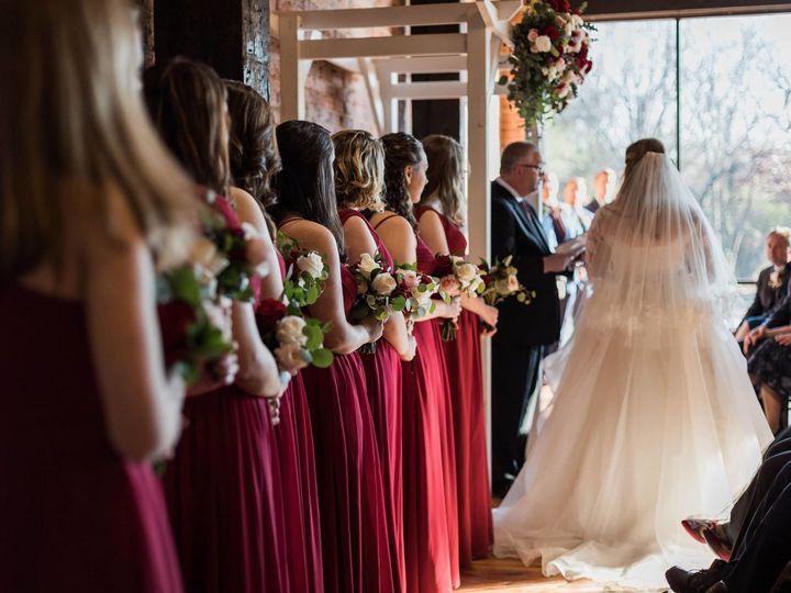 Tmx 1516052585 C21529969de7c277 1516052584 Fe66bc98e1717286 1516052578665 1 26850384 102153876 Rolesville, North Carolina wedding florist