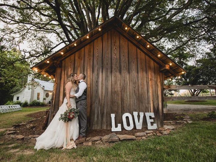 Tmx 1531853992 9bbe039822ea9426 1531853990 C5f9bb8d3005482f 1531853984704 11 35051308 78265014 Rolesville, North Carolina wedding florist