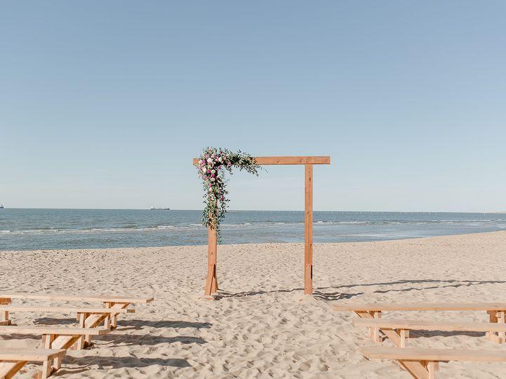 Tmx Lauren Joshua Ashleyhessephotography 43 Websize 51 1874045 162241465560231 Virginia Beach, VA wedding venue