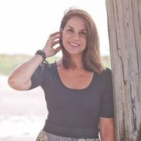 Dawn  Roberson