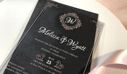 Junie's Invitations & Decor