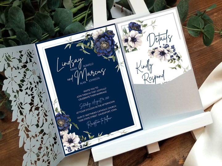Tmx Folder On Easel Blue Beauty Inv 51 1894045 159054439913486 Davenport, IA wedding invitation