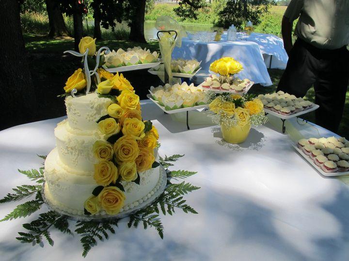Cake by sugarplum bakery